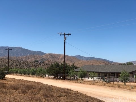 0 Vac/Cor Soledad Canyon Road Pa, Acton CA: http://media.crmls.org/medias/5fbeeaca-dd25-43c1-b679-92cc5aac0d39.jpg
