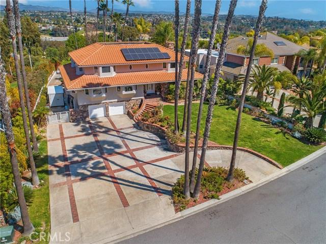 25852 Desert Trail  Laguna Hills, CA 92653