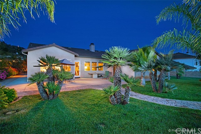 Single Family Home for Sale at 2345 Carioca Place 2345 Carioca Place Vista, California 92084 United States