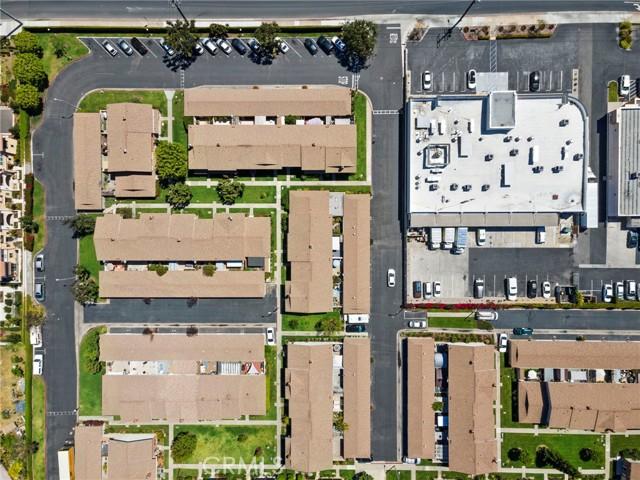 11943 Verbena Court, Fountain Valley CA: http://media.crmls.org/medias/5fd27100-8c47-4215-9ffd-e55b7a56d6ab.jpg