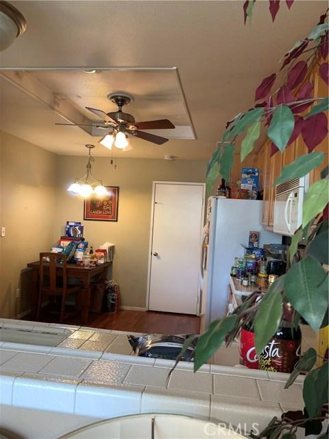 948 N Turner Avenue, Ontario CA: http://media.crmls.org/medias/5fd9630d-2fa7-48a6-b730-178875b7ef89.jpg
