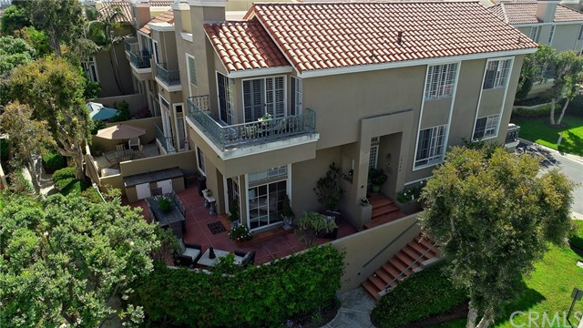 19546  Grandview Circle, Huntington Beach, California