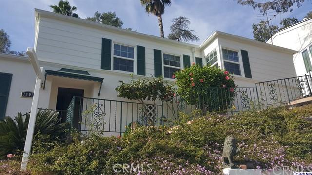 Single Family Home for Sale at 1601 Puebla Drive 1601 Puebla Drive Glendale, California 91207 United States
