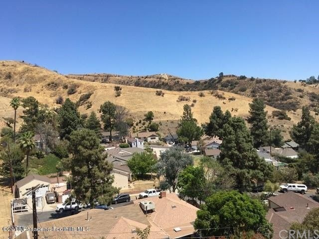 0 Above Petaluma, Sun Valley CA: http://media.crmls.org/medias/5ff590f5-71b1-4f20-ae96-6ae485fd9d1f.jpg