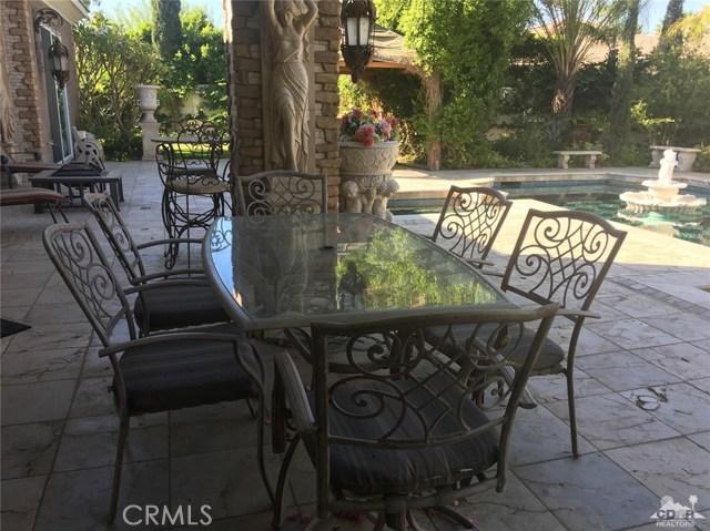 7 Maurice Court, Rancho Mirage CA: http://media.crmls.org/medias/60054e6a-4e4c-4b90-8e1e-83eb330c209c.jpg