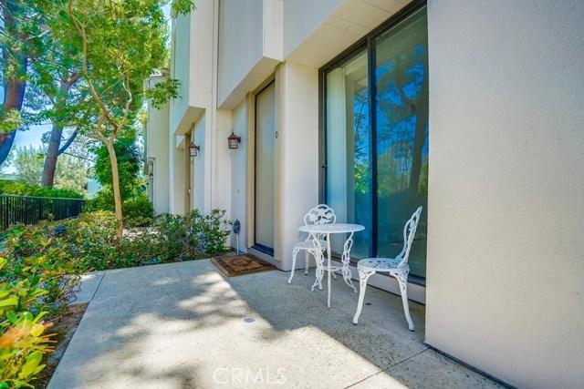 3607 W Hidden Lane, Rolling Hills Estates CA: http://media.crmls.org/medias/600cf739-6866-438a-aef1-e533edb6e18b.jpg