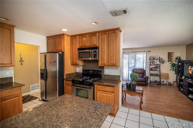 26882 Royce Lane Highland, CA 92346 - MLS #: CV18265016