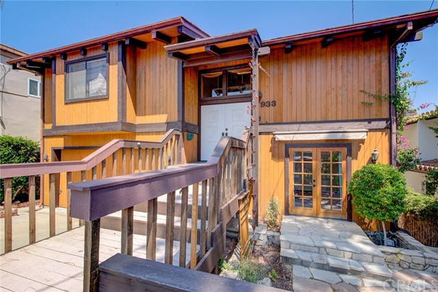 933 8th Street, Manhattan Beach, California 90266, 5 Bedrooms Bedrooms, ,2 BathroomsBathrooms,Single family residence,For Sale,8th,SB19201403