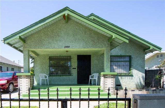 1433 Warren Avenue, Long Beach CA: http://media.crmls.org/medias/60234cf7-814f-4d0f-9075-d28198ab8ee7.jpg