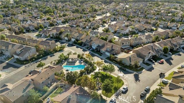 962 Redtail Drive, Corona CA: http://media.crmls.org/medias/602d12bb-48fb-43c6-9505-bf39d1d9f57b.jpg
