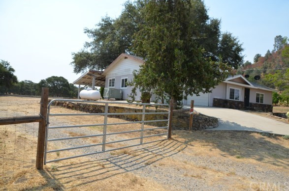 34083 Medford Auberry, CA 93602 - MLS #: FR18171989
