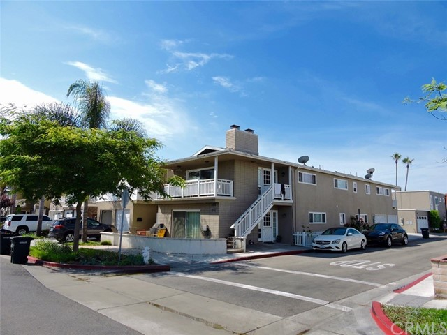 5025 River Avenue 2, Newport Beach, CA 92663