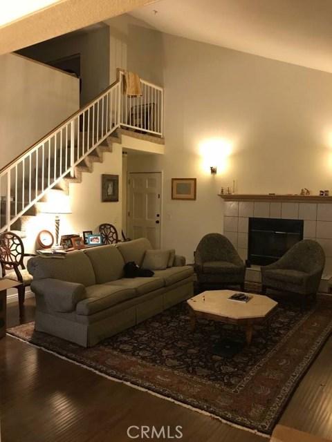 1621 Lyndon Street, South Pasadena CA: http://media.crmls.org/medias/604b846c-bdd4-4a9e-a6c1-6398e6fb6e3d.jpg