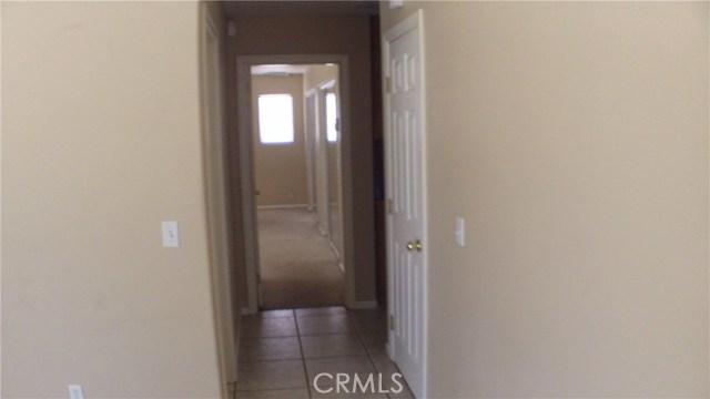 7622 Alaba Avenue, Yucca Valley CA: http://media.crmls.org/medias/604bd5bc-3177-4dbc-b8b3-5bd2fbb34c6d.jpg