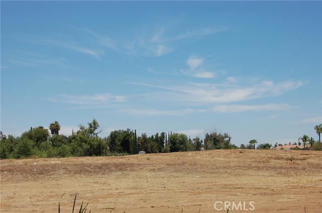 0 Pear Street, Riverside CA: http://media.crmls.org/medias/6051ebb1-732a-4149-a23f-0a50e6422d44.jpg