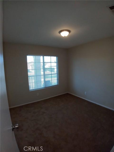 13009 Wrangler Lane, Victorville CA: http://media.crmls.org/medias/60589540-22fd-422d-8d0c-9e08b19d909b.jpg