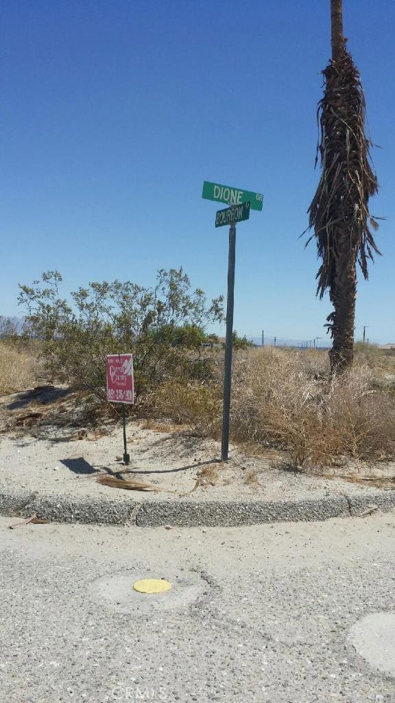 1313 Bourbon Avenue, Salton Sea CA: http://media.crmls.org/medias/605deb4d-306e-4a8b-8e6e-c8e33ce7fed8.jpg