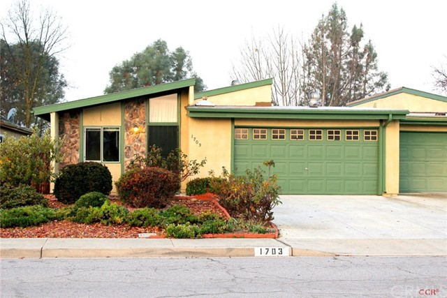 1703 Westfield Road, Paso Robles, CA 93446