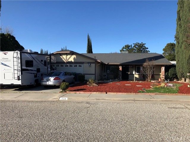 310 9TH Place Beaumont CA 92223