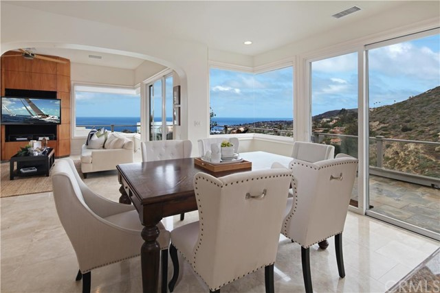Single Family Home for Sale at 645 Buena Vista Way Laguna Beach, California 92651 United States