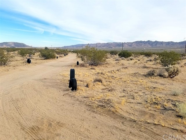 0 Little Road, Joshua Tree CA: http://media.crmls.org/medias/60789252-3f3c-4f65-888e-b936880d5cb1.jpg