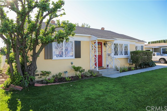 Detail Gallery Image 1 of 22 For 14116 Light St, Whittier,  CA 90604 - 3 Beds   1 Baths