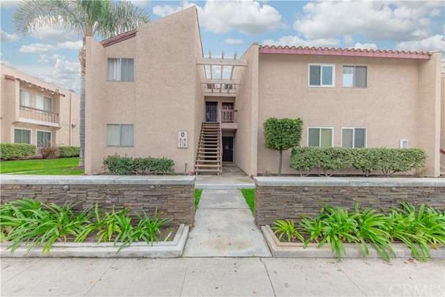 700 W La Veta Avenue, Orange, California