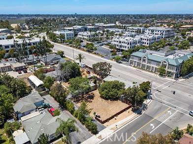 2122 Orchard Drive, Newport Beach CA: http://media.crmls.org/medias/60a60758-d917-4e89-a9f7-7000cd20928e.jpg