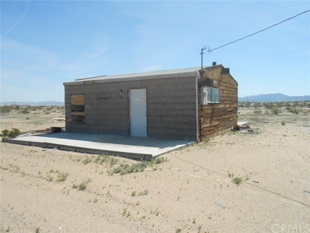 82229 Raven Roost Road, 29 Palms, CA 92277