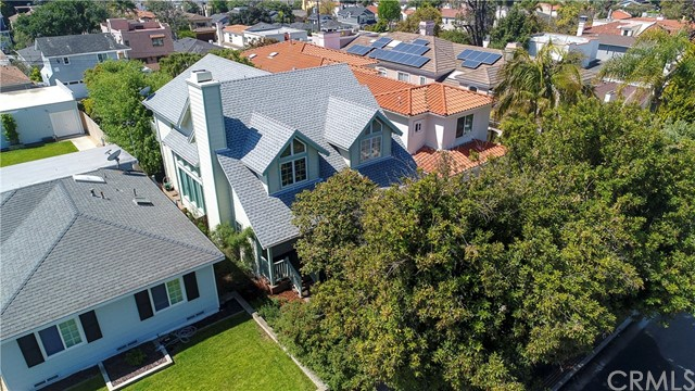 712 Avenue B, Redondo Beach, California 90277, 4 Bedrooms Bedrooms, ,3 BathroomsBathrooms,Single family residence,For Sale,Avenue B,SB19090016