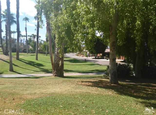 76775 Daffodil Drive, Palm Desert CA: http://media.crmls.org/medias/60e38c3d-0696-458a-8c00-9d2657416f30.jpg