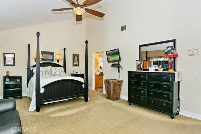 10425 Poplar Street, Rancho Cucamonga CA: http://media.crmls.org/medias/60ea27eb-8001-4f36-ba04-2ed08596941c.jpg