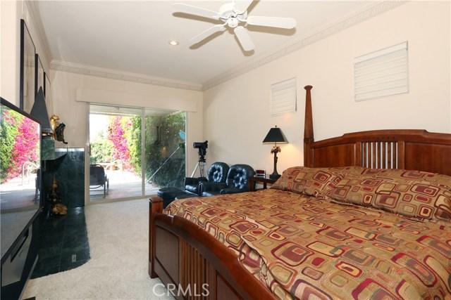 120 Kavenish Drive, Rancho Mirage CA: http://media.crmls.org/medias/60f1a775-37eb-4315-925a-adf1a59c2260.jpg