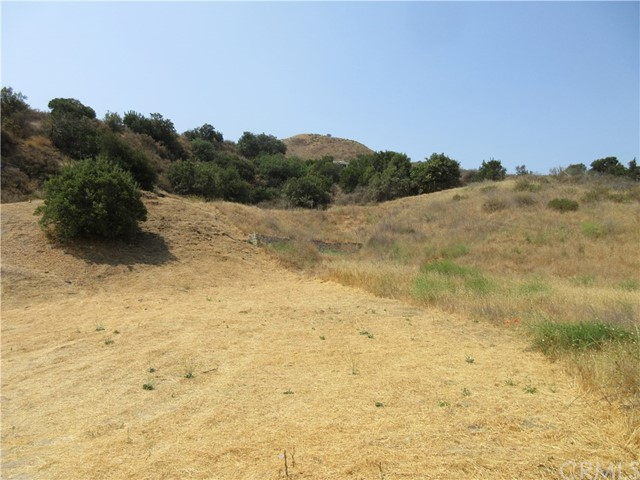 24158 Jensen Drive, West Hills CA: http://media.crmls.org/medias/61035e27-733a-4eb7-b7dd-c8be58331b77.jpg