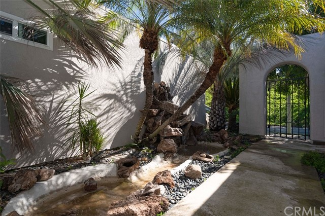 One of Laguna Woods 2 Bedroom Homes for Sale at 5476  Paseo Del Lago