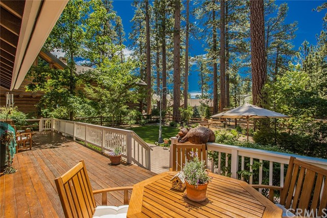 116 Marina Point Drive, Big Bear CA: http://media.crmls.org/medias/610c18cd-9486-44a5-805d-4ea2dff7ee88.jpg