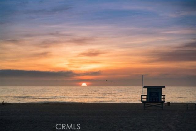 22 THE STRAND, HERMOSA BEACH, CA 90254  Photo