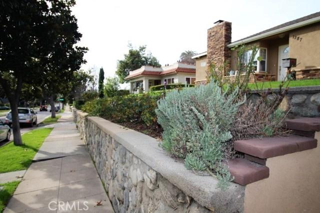 1287 El Molino N Avenue, Pasadena CA: http://media.crmls.org/medias/611061df-ebac-4bb6-9dcd-d7f4a84b5907.jpg