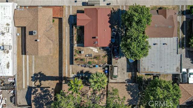 1625 E Olive Avenue, Fresno CA: http://media.crmls.org/medias/61128b5a-5527-4281-b45a-fbf7db3a6e45.jpg