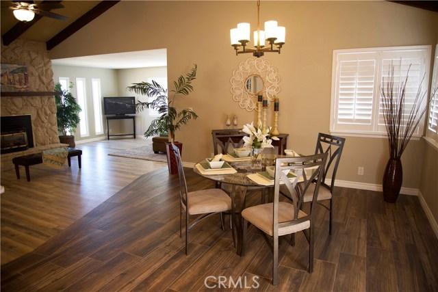 17850 Rancho Bonita, Victorville CA: http://media.crmls.org/medias/61248c82-6b6f-4b0d-9756-cce4a56be5f8.jpg