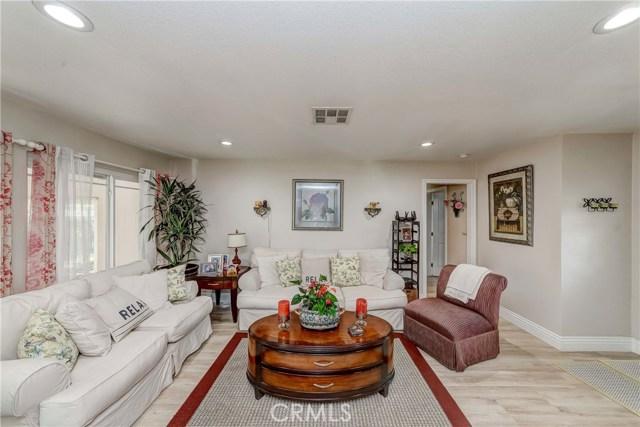 210 W Ball Rd, Anaheim, CA 92805 Photo 3