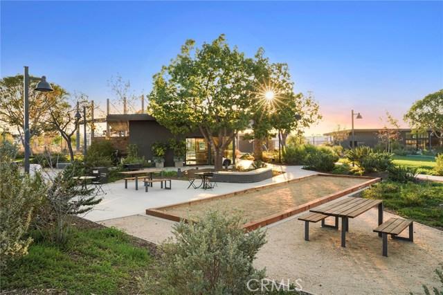 168 Follyhatch, Irvine CA: http://media.crmls.org/medias/613625dc-21a3-4dad-9dd1-893d4eca7858.jpg