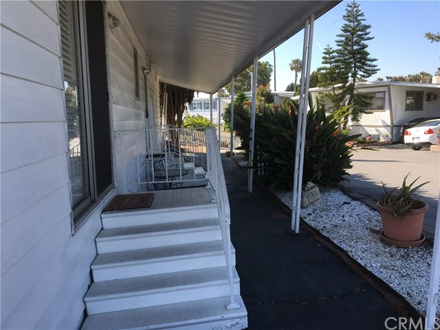 6259 Crystal Cove Drive, Long Beach, CA 90803 Photo 2