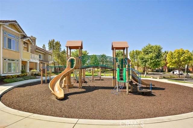 6387 Juneberry Way, Riverside CA: http://media.crmls.org/medias/61409d34-ba27-4633-830d-35ddd11f48d3.jpg