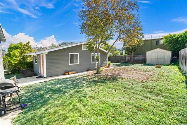 1042 Hyperion Avenue, Los Angeles CA: http://media.crmls.org/medias/6143b856-9c73-4526-89ea-b53c41147468.jpg