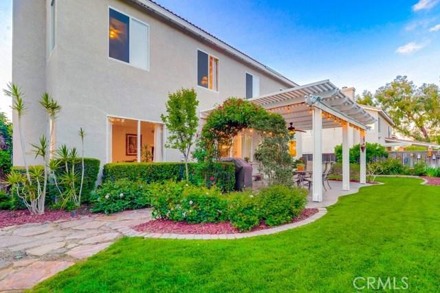 598 Redondo Lane, Corona CA: http://media.crmls.org/medias/61485a02-2e24-454e-8adc-34a331c1a458.jpg