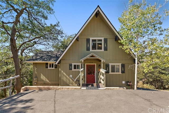 1226 Grass Valley Road, Lake Arrowhead, California 92352, 3 Bedrooms Bedrooms, ,3 BathroomsBathrooms,Residential Purchase,For Sale,Grass Valley,EV20214972