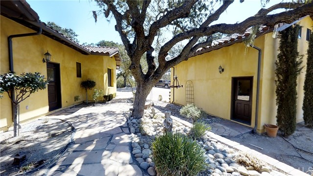 Property for sale at 111 Kim Court, Templeton,  CA 93465