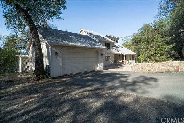 Single Family Home for Sale at 20652 Powder Horn Road Hidden Valley Lake, 95467 United States