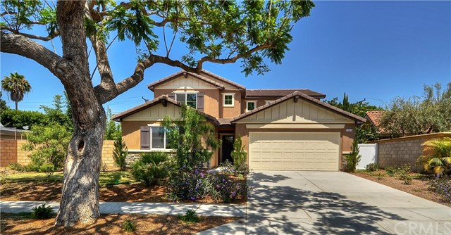 Single Family Home for Sale at 3024 Country Club Costa Mesa, California 92626 United States